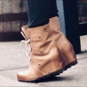 Sorel Joan of Arctic Wedge Mid Boot Leather Winter